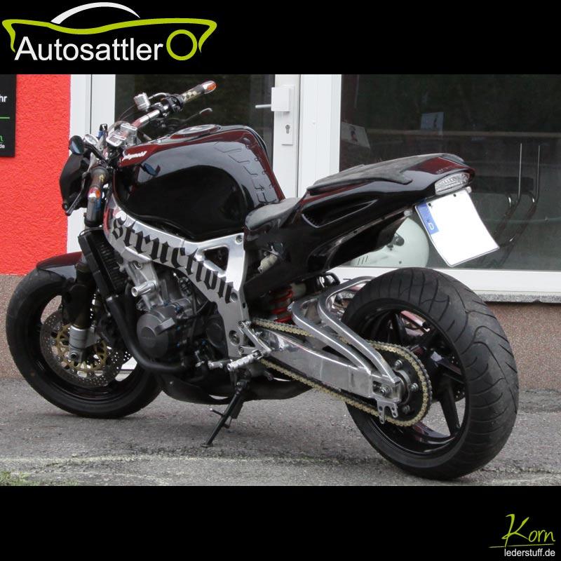 Honda CBR RR 900 Streetfighter - CBR RR 900 Streetfighter